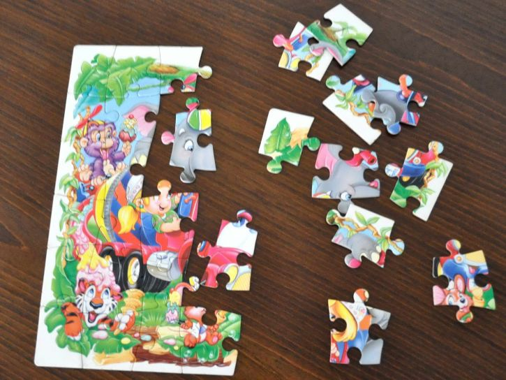 half-completed-jigsaw-puzzle-for-kids-725x544